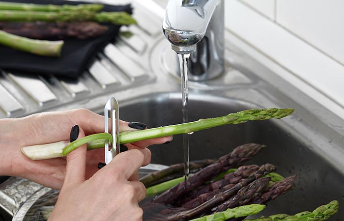 How To Clean Asparagus in Hindi