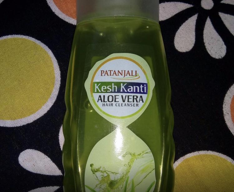 Patanjali Kesh Kanti Aloe Vera Hair Cleanser-More than average-By kiranbir_-1