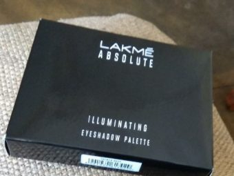 Lakme Absolute Illuminating Eyeshadow Palette pic 2-satisfied-By Nasreen