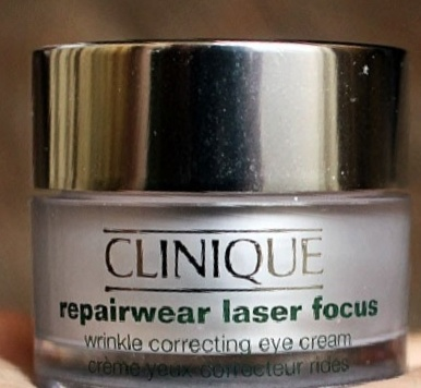 Clinique Repairwear Laser Focus Wrinkle Correcting Eye Cream-reduces puffiness under eyes-By Nasreen-2