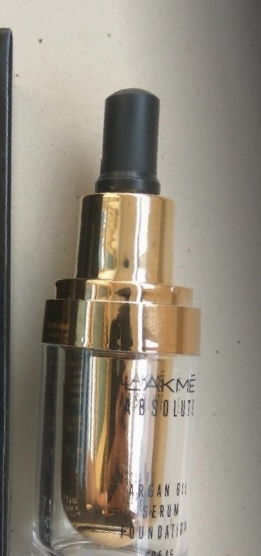 Lakme Absolute Argan Oil Serum Foundation-good for dry skin-By Nasreen-1