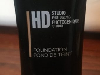 NYX HD Studio Photogenic Foundation pic 2-does not suit oily skin-By Nasreen