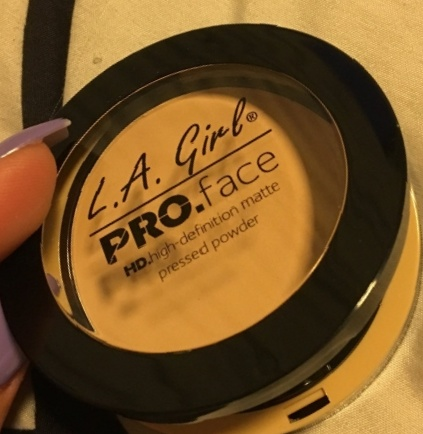 LA Girl Hd Pro Face Pressed Powder-can be used daily-By Nasreen-1