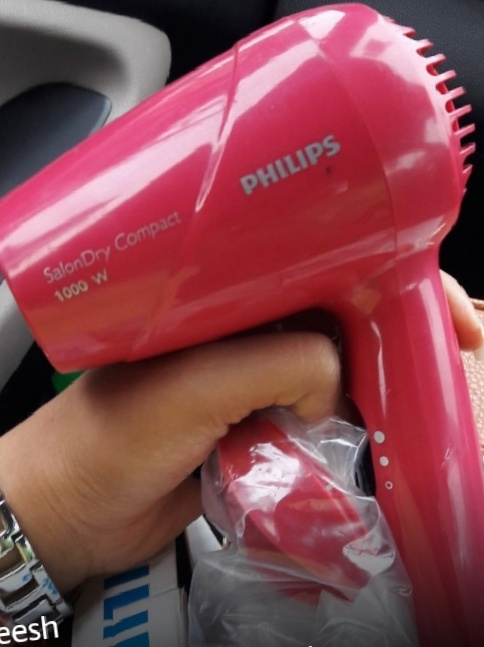 Philips HP8141/00 Hair Dryer-right choice-By Nasreen-1