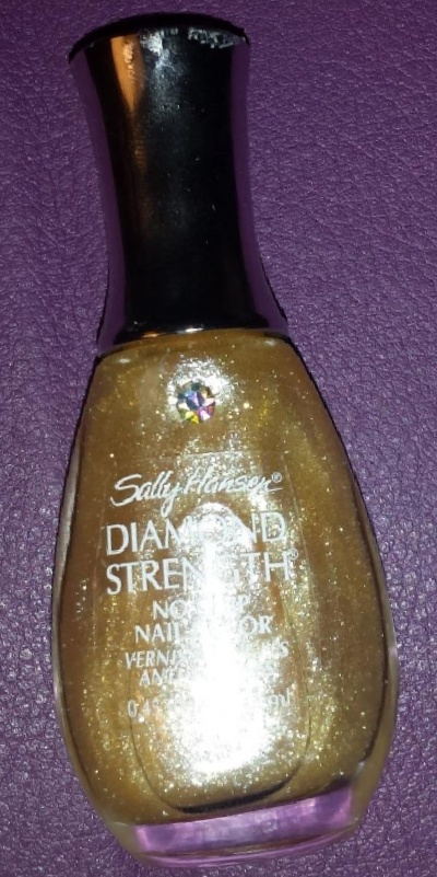 Sally Hansen Diamond Strength No Chip Nail Color-Average product-By Nasreen-1