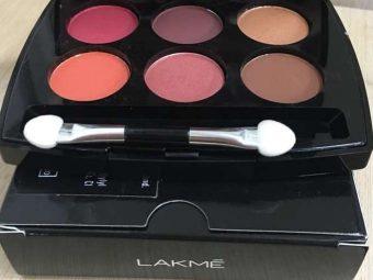 Lakme Absolute Illuminating Eyeshadow Palette pic 1-Perfect for the wedding season-By aparna_dhakne