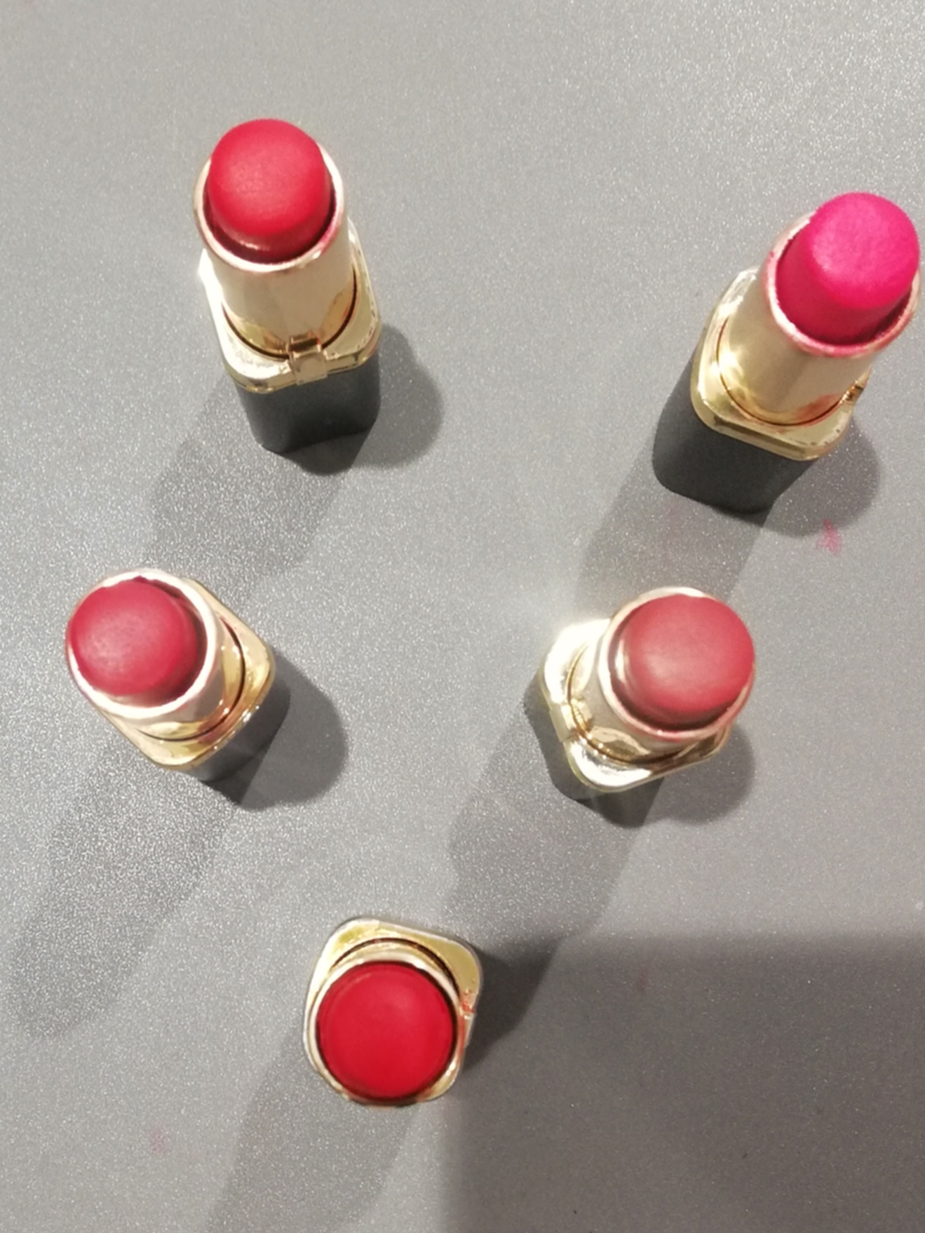 L'Oreal Paris Color Riche Lipstick-Creamy lipstick-By ragini_dhiman-1