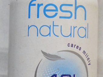 Nivea Fresh Natural Deodorant Spray pic 1-Long Lasting Pleasant Fragnance!!-By sindoori_jayaprakash
