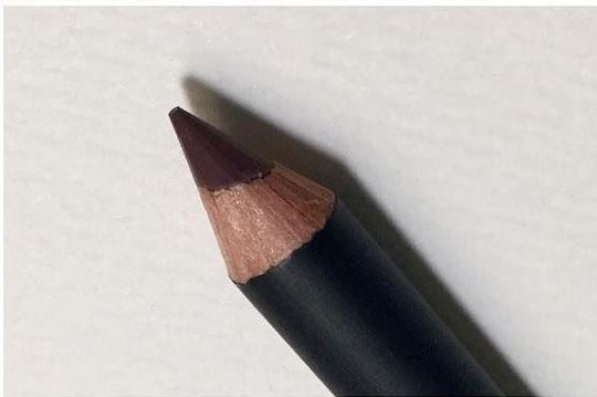NYX Suede Matte Lip Liner pic 2-In love with this this lip liner-By aparna_dhakne