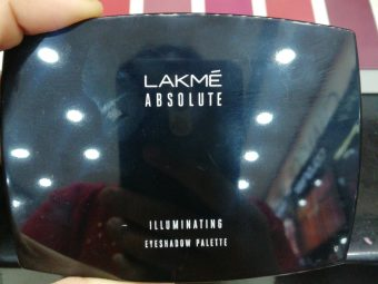 Lakme Absolute Illuminating Eyeshadow Palette pic 1-Lovely shades-By ragini_dhiman