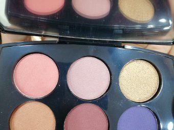 Lakme Absolute Illuminating Eyeshadow Palette pic 2-Lovely shades-By ragini_dhiman