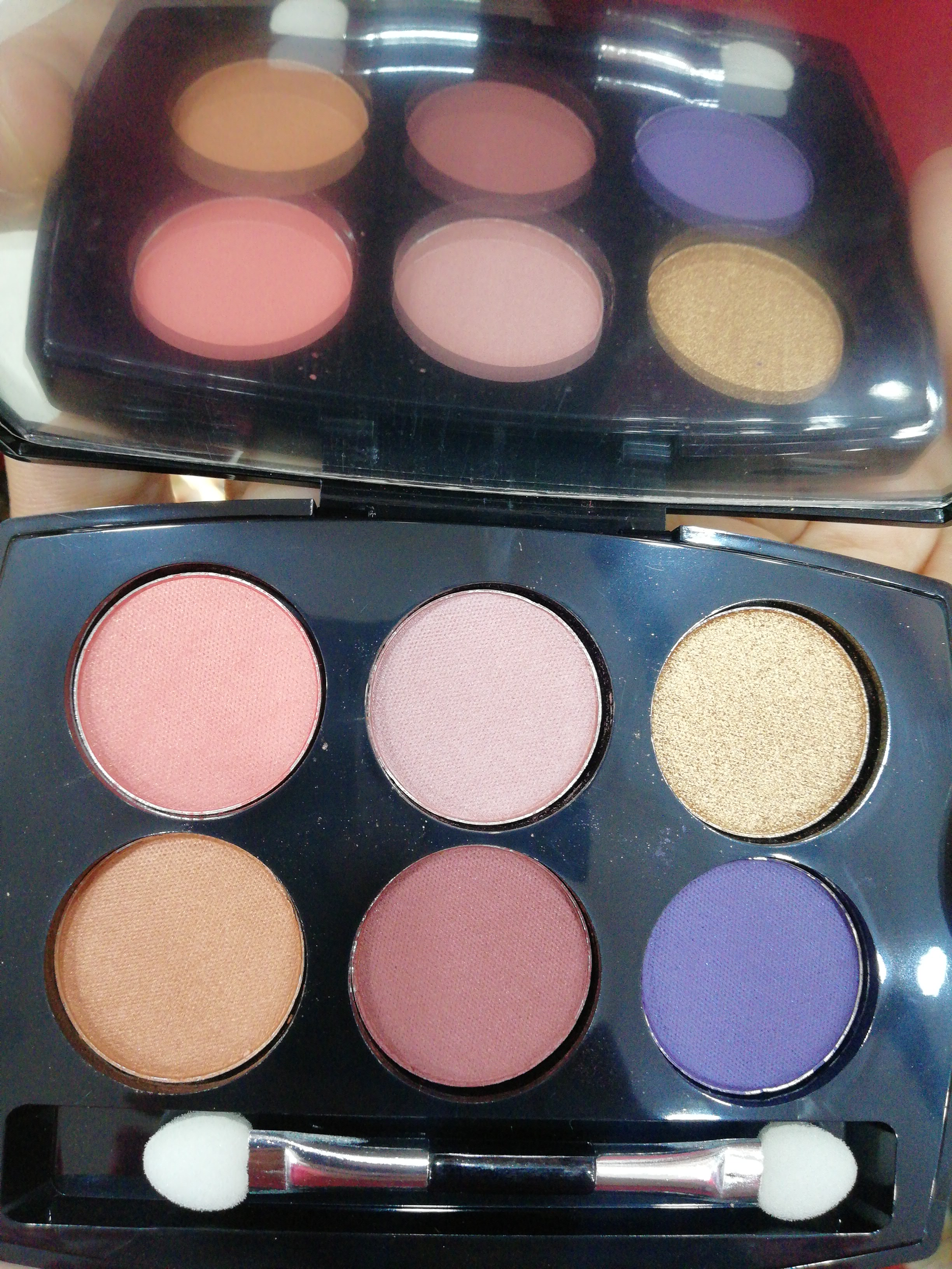 Lakme Absolute Illuminating Eyeshadow Palette-Lovely shades-By ragini_dhiman-2