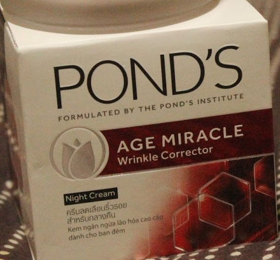 Ponds Age Miracle Wrinkle Corrector Night Cream-Anti againg cream-By aparna_dhakne-1