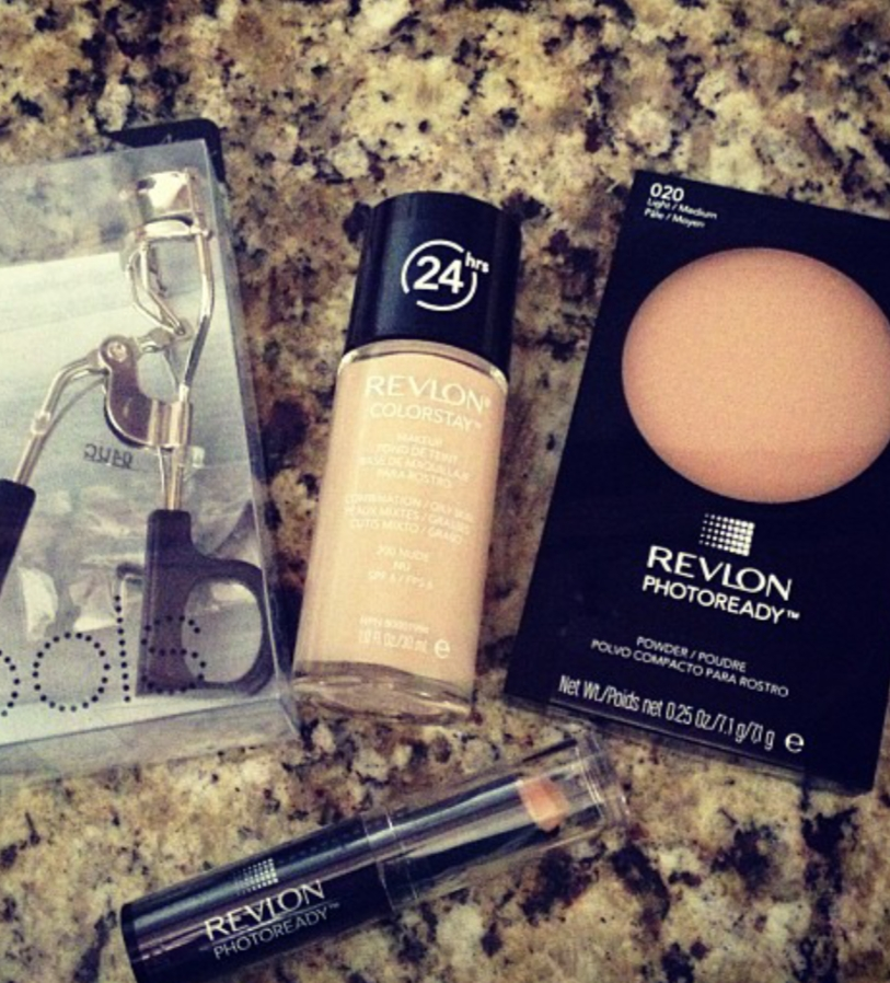 Revlon PhotoReady Concealer pic 2-I will not recommend this product.-By ranjani