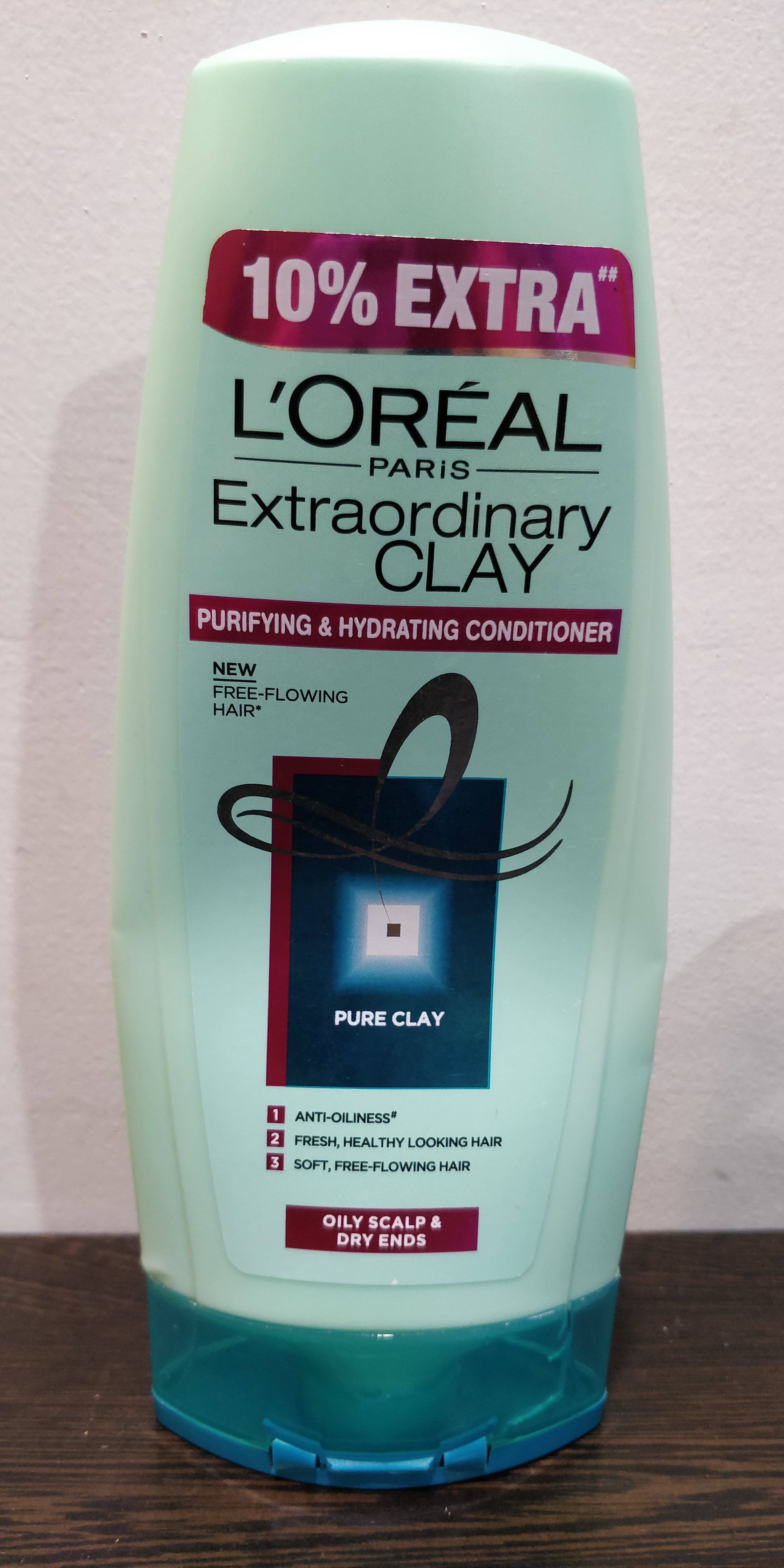 L'Oreal Paris Extraordinary Clay Conditioner-Best conditioner for oily scalp-By shriya_saxena