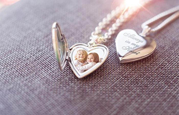 Photo pendant always in my heart