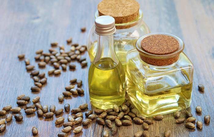 Castor oil with tea tree oil to enhance hair
