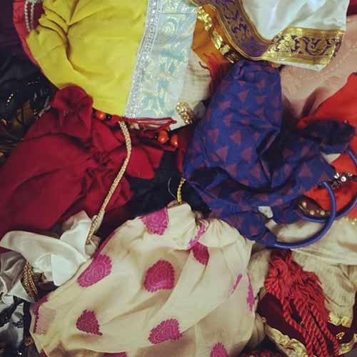 This is for the heart and never make money or as a business prospect. With every piece of fabric, Latika sees a wide range of options. There are no deadlines to bind it. She creates the image of the end product in her mind and then supplies the accessories accordingly to breathe her mental image. </p> <h2>  And, her best companion? </h2> <div id=
