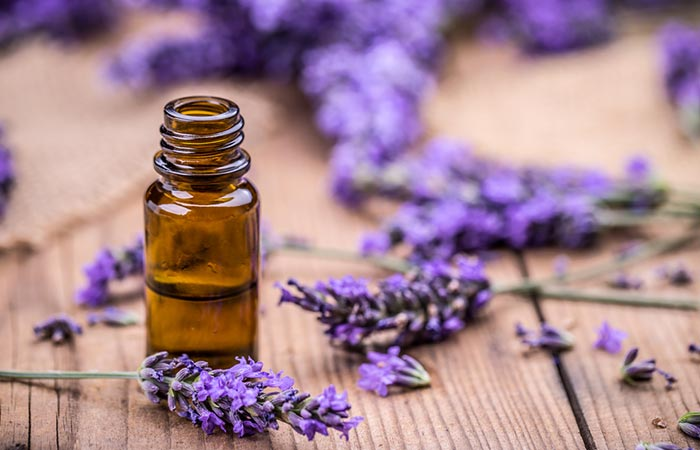Lavender oil with tea tree oil for hair growth