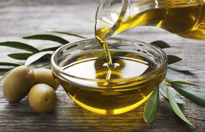 Tea tree oil with olive oil for hair growth