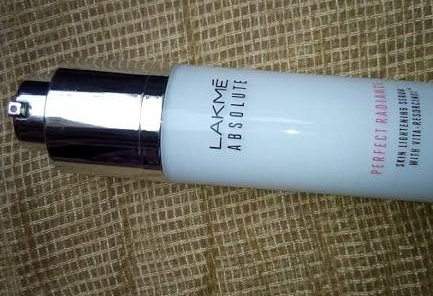 Lakme Absolute Perfect Radiance Skin Lightening Serum-I love this product-By preetytarafdar