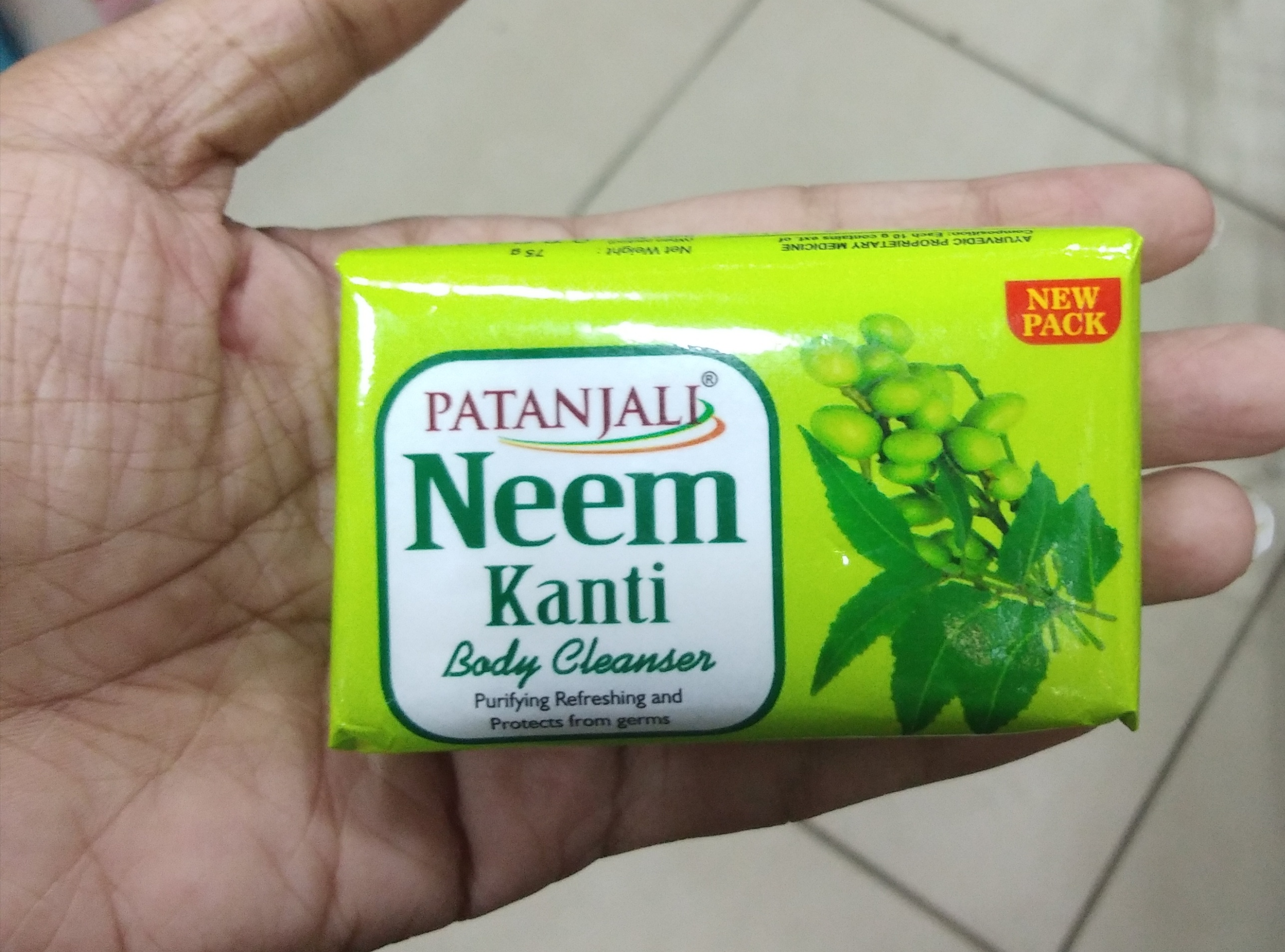 Patanjali Neem Kanti Body Cleanser Soap-Good soap with antibacterial property-By Nasreen-1