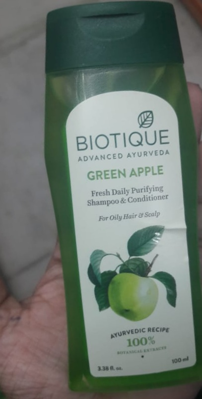 Biotique Bio Green Apple Fresh Daily Purifying Shampoo & Conditioner pic 1-Good but does not show the entire ingredients list-By Nasreen
