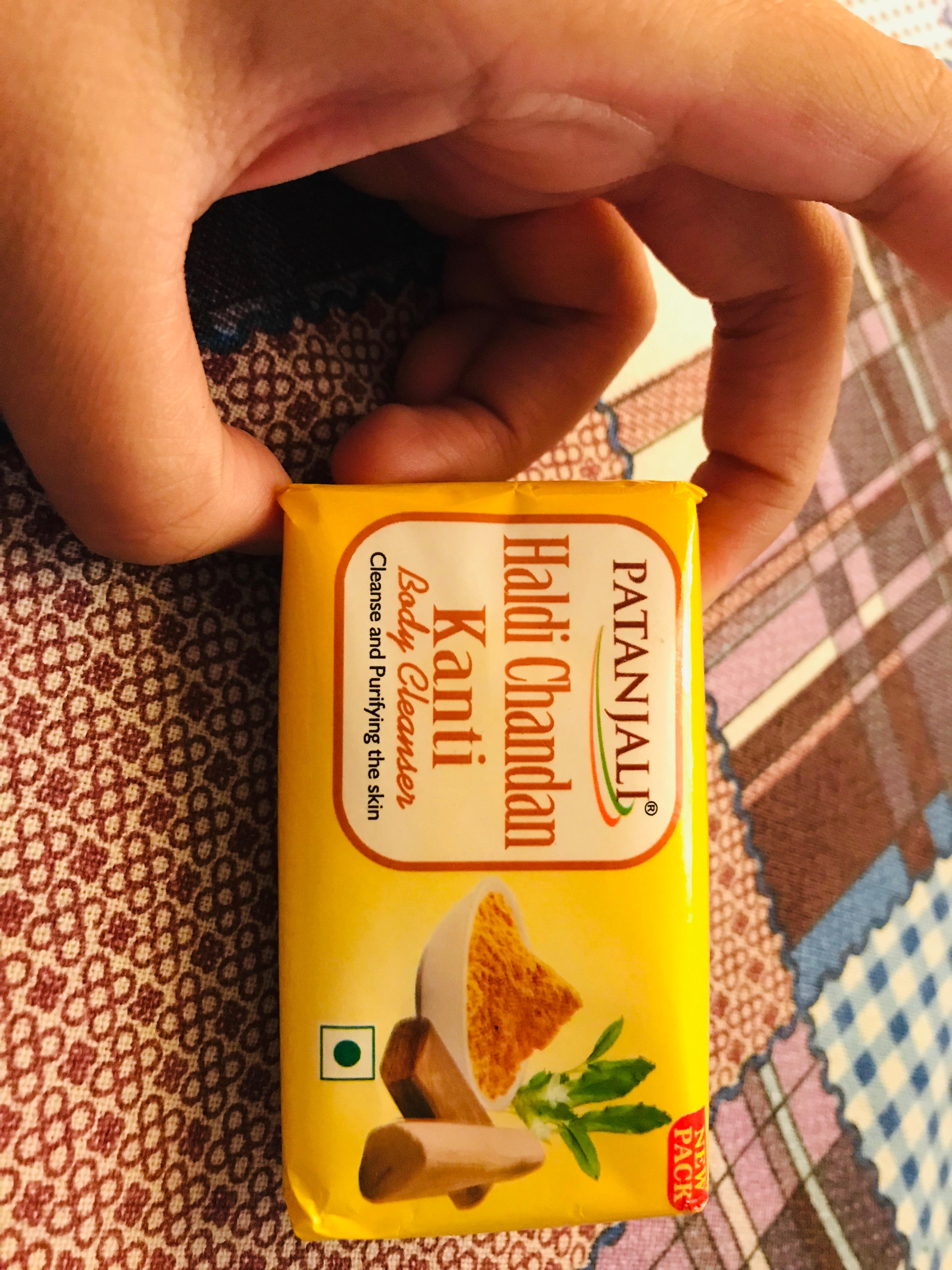 Patanjali Haldi Chandan Kanti Body Cleanser pic 4-Herbal budget friendly soap-By ruchi_sharma