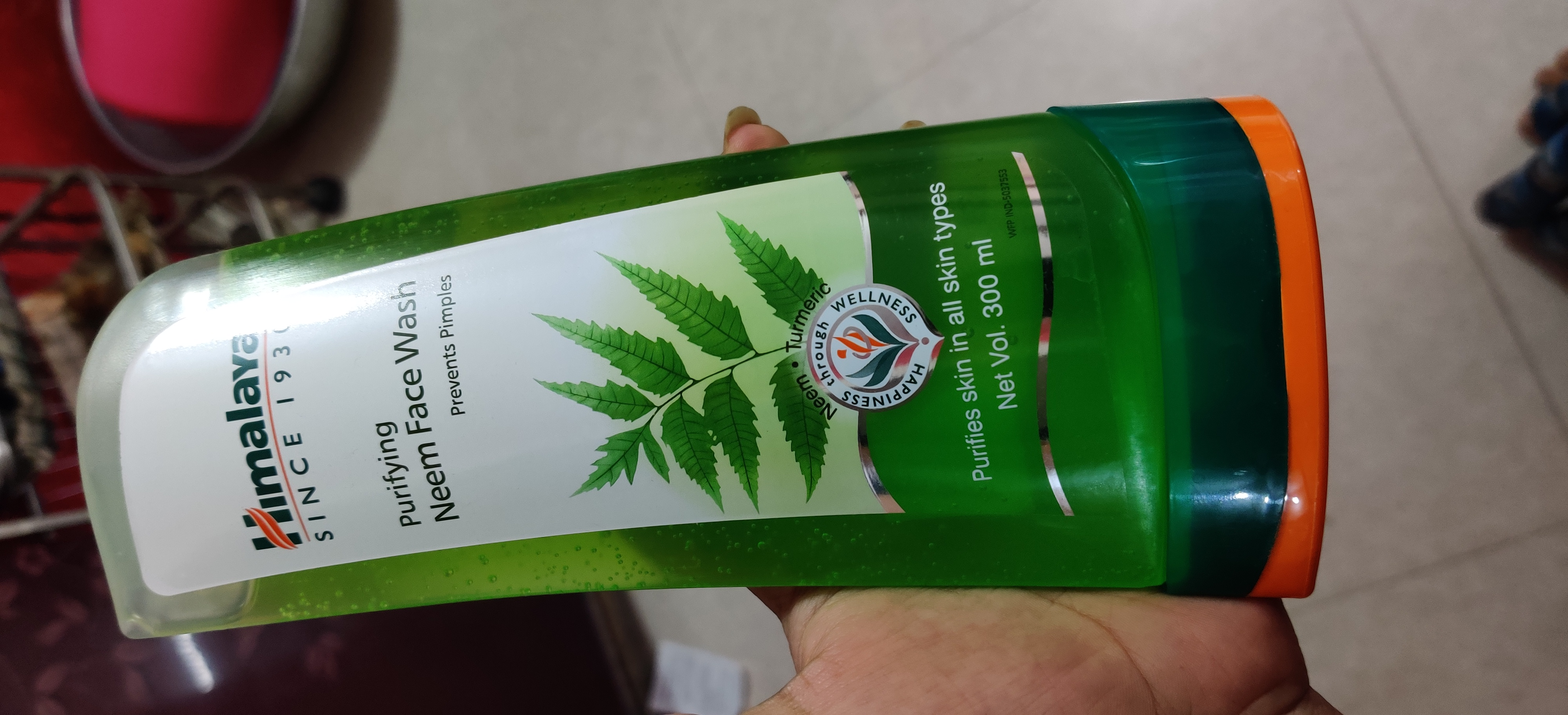 Himalaya Herbals Purifying Neem Foaming Face Wash-Good but not great.-By jigna.cuppycake-1
