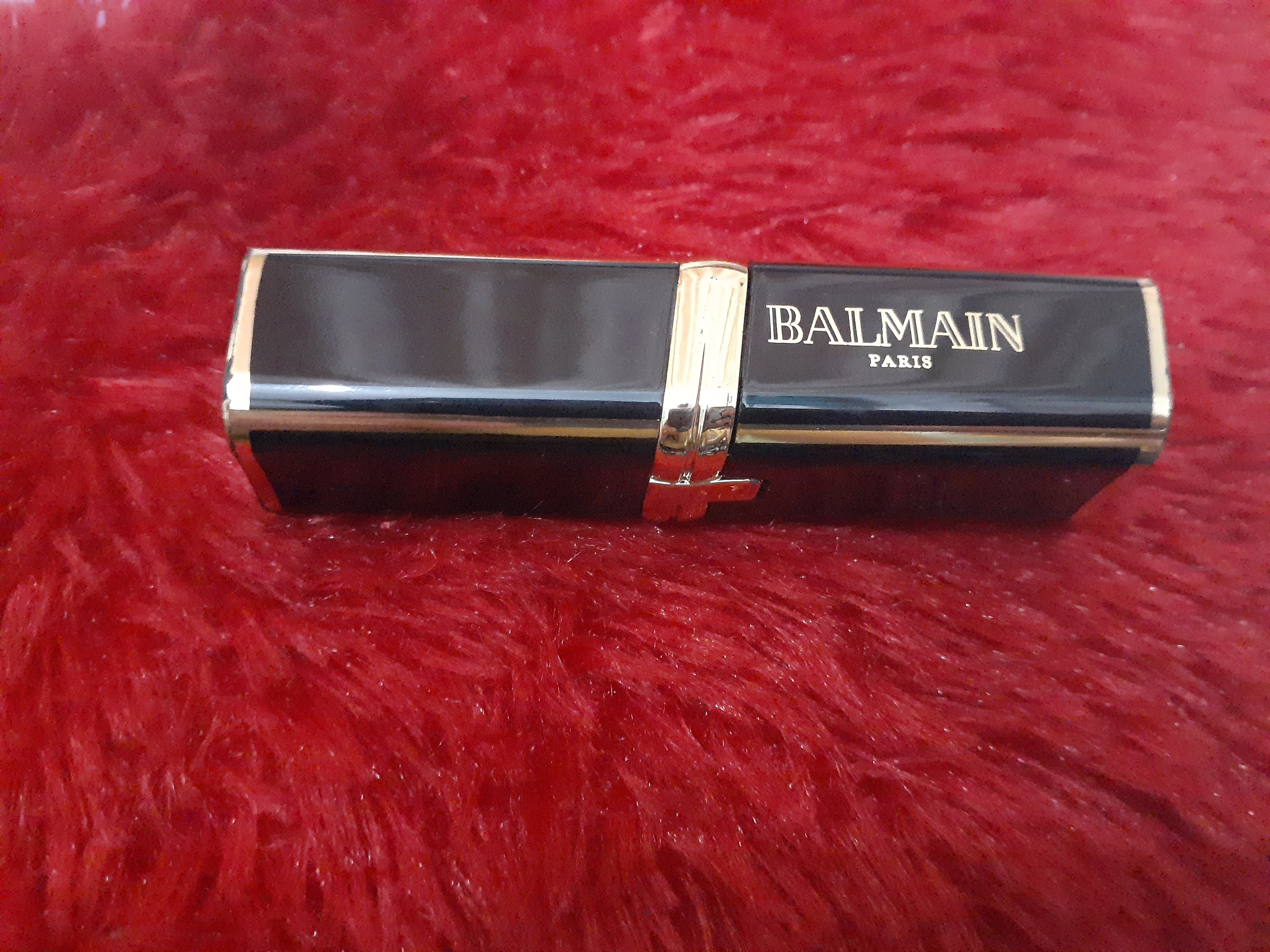 L'Oreal Paris Balmain Limited Edition Color Riche Matte Lipstick-Must try product-By priya_singh3