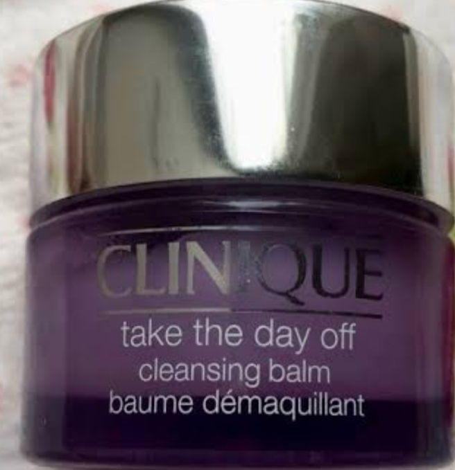 Clinique Take The Day Off Cleansing Milk-Non greasy and best closing product-By anuhya_gudem
