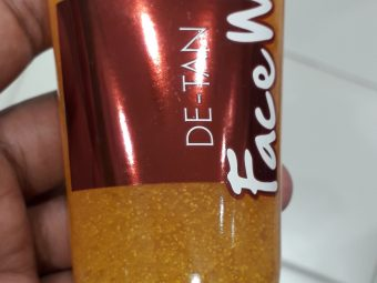 Jovees De Tan Face Wash pic 2-Good face wash for summers-By manju_