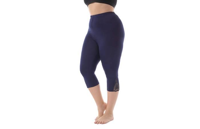 5. Zerdocean Women'S Plus Size Modal Basic Capri Leggings With Hem Lace Trim