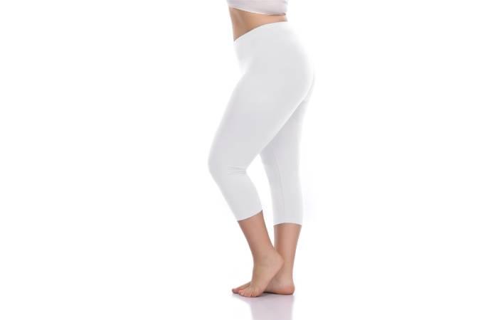 7. Voguemax Women'S Plus Size Capri Leggings Stretch And Comfy High Waisted Three-Quarter Leggings