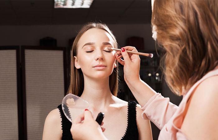 Concealer As Eyelid Primer