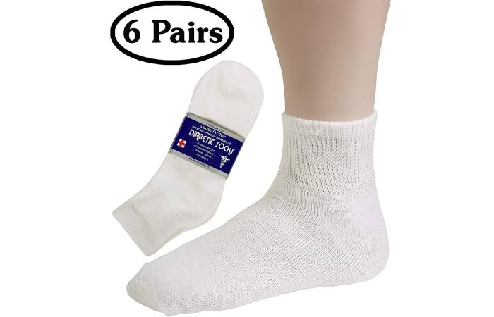 Debra Weitzner Diabetic Socks For Women