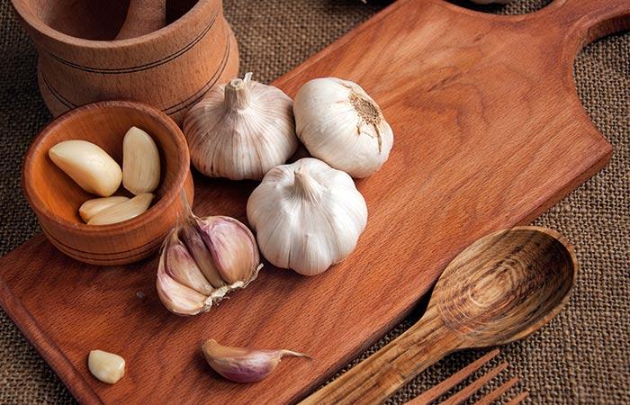 Garlic for ache molar pain