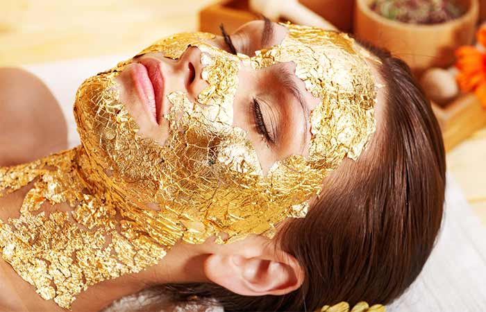 How To Do Gold Facial At Home in Hindi-1