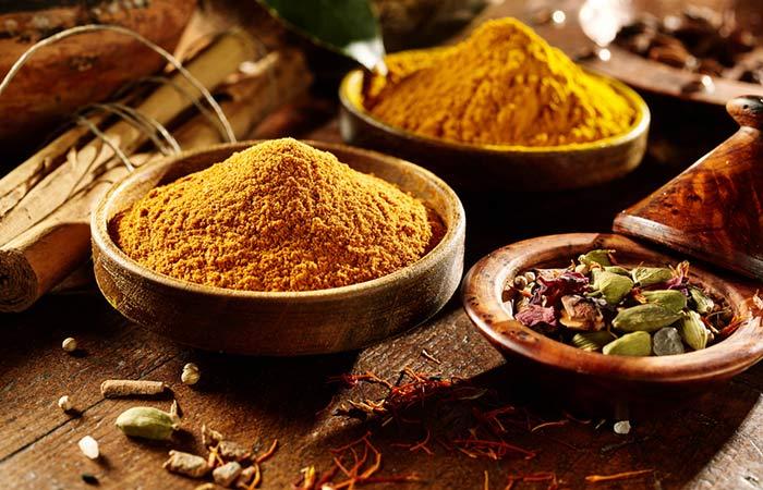 Как да използвате Garam Masala на хинди
