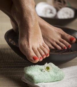 Listerine Foot Soak Does It Work And Are There Any Benefits Of Using It