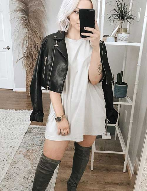 Oversized T-shirt With A Leather Jacket