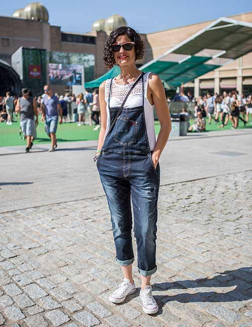 Oversized T-shirt With Dungarees