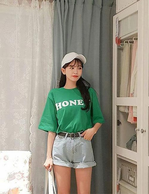 Oversized T-shirt With Shorts