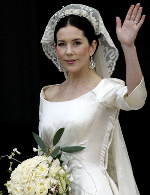 Platinum Wedding Dress – $250,000