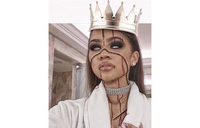 Scary Queen Makeup