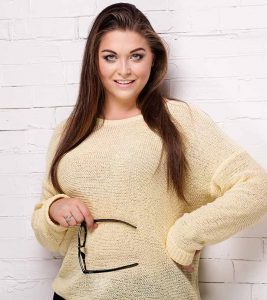 Top 11 Plus-Size Tunics That Are Stylish And Pocket-Friendly