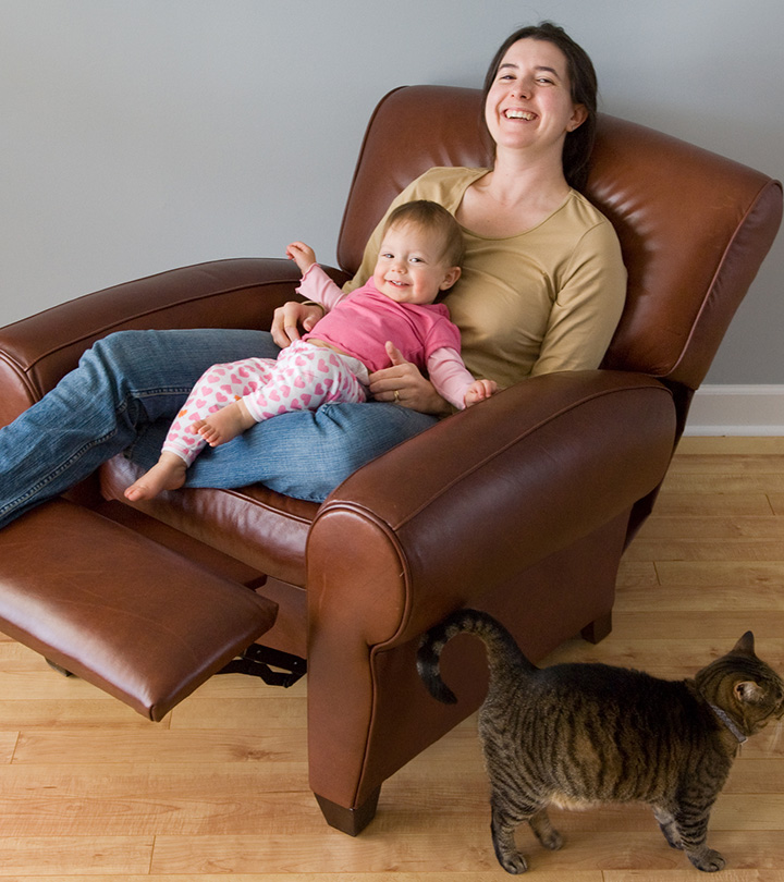 6 Best Recliner For Back Pain in 2021 [Reviews + Buyers Guide]