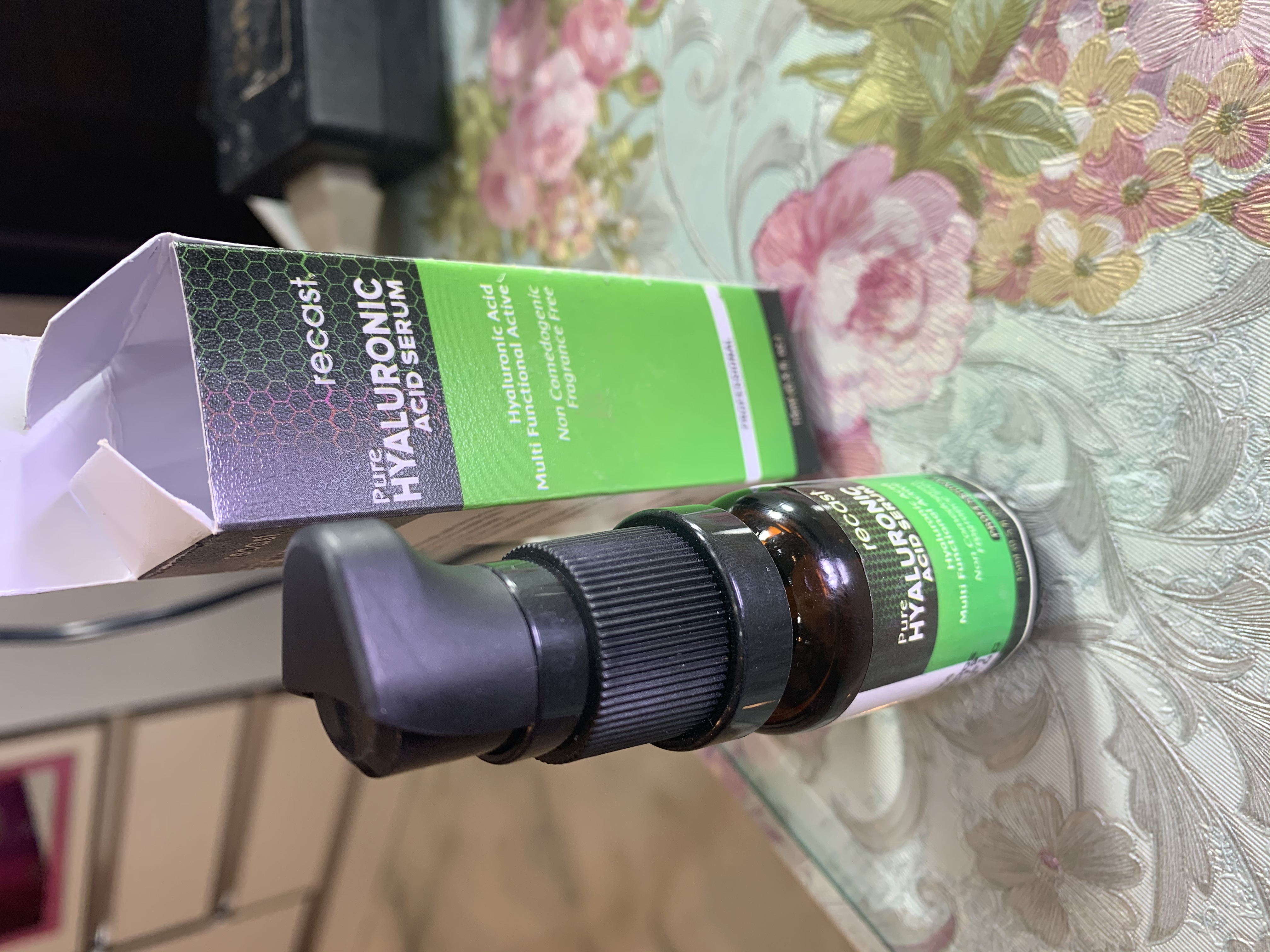 Recast Pure Hyaluronic Acid Serum pic 3-Amazing hydration product-By makeoversbymuskan