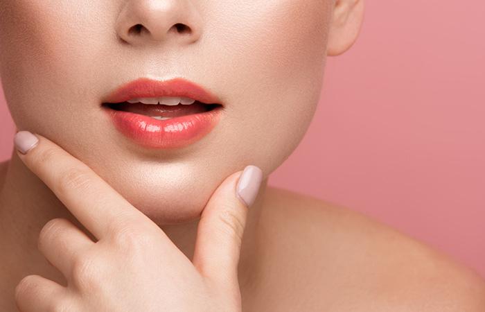 help make lip scrub at home