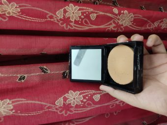 Maybelline Fit Me Matte And Poreless Powder pic 4-Best in the price-By tania_khan